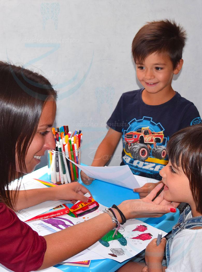 Prima visita dal dentista per bambini presso Studio dentistico Zara